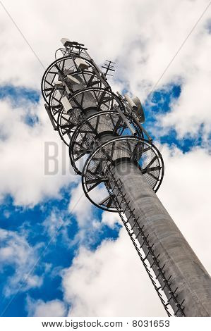 Emitel_tower