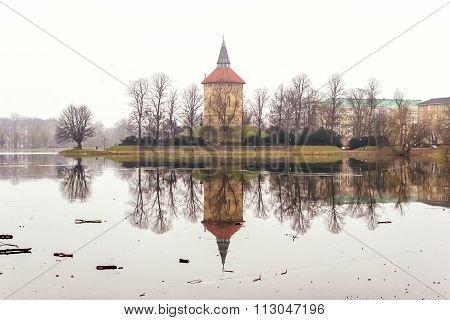 Malmo, Sweden - January 1, 2015: Calming Nature And Beautiful Winter Scenes Around The Lake In The C
