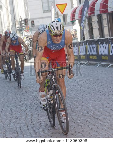 Javier Gomez Noya And Group Of Cycling Triathlon Competitors