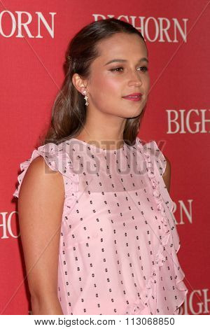 PALM SPRINGS - JAN 2:  Alicia Vikander at the 27th Palm Springs International Film Festival Gala at the Convention Center on January 2, 2016 in Palm Springs, CA