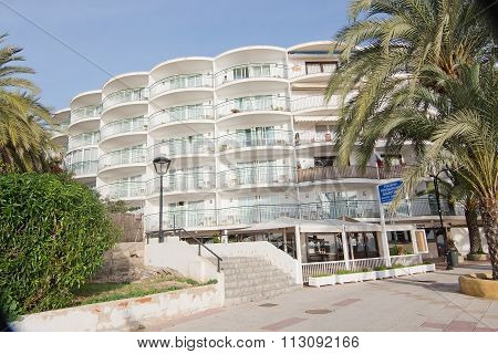 Maritimo Hotel And Restaurant