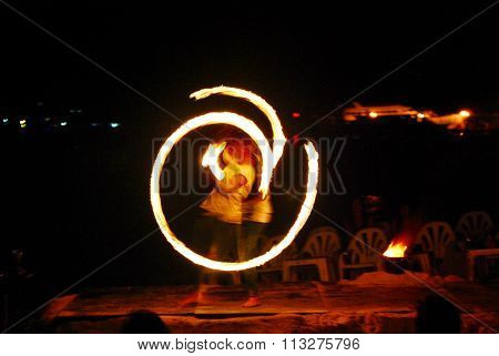 Fire Dance - Firestarter performing amazing fire show