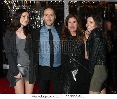 LOS ANGELES - DEC 16:  Emmanuel Lubezki, wife, daughters at the