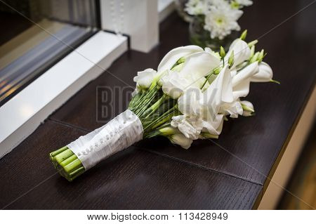 Bridal Bouquet Of White Callas