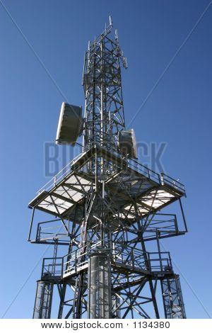 Torre de telecomunicaciones 8