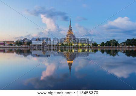 Wat Sothon Wararam Worawihan in the twilight, Chachoengsao, Thailand