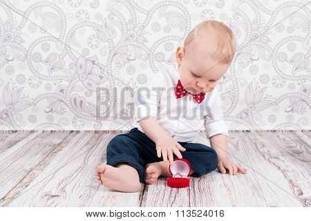 Baby Pose With Brilliant Ring