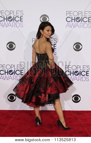 LOS ANGELES - JAN 6:  Ming-Na Wen at the Peoples Choice Awards 2016 - Arrivals at the Microsoft Theatre L.A. Live on January 6, 2016 in Los Angeles, CA