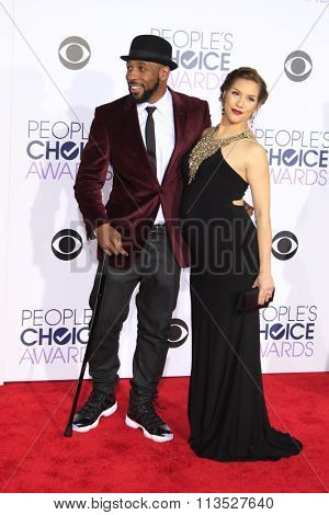 LOS ANGELES - JAN 6:  Stephen 'Twitch' Boss, Allison Holker at the Peoples Choice Awards 2016 - Arrivals at the Microsoft Theatre L.A. Live on January 6, 2016 in Los Angeles, CA