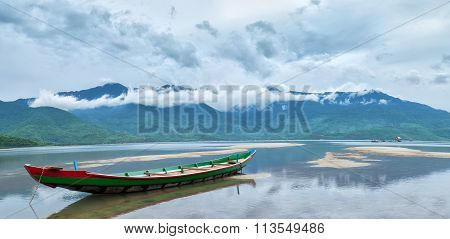 Boat cloudy