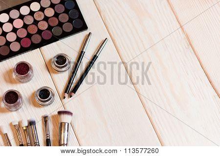 Neutral Eye Shadows Set For Make-up Artist