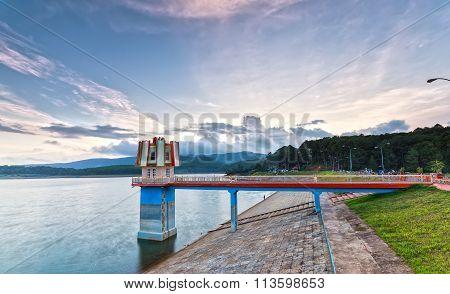Sunset on the hydropower dams Tuyen Lam, Dalat