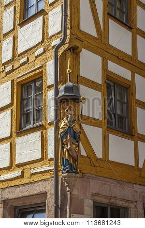 The Wei?gerbergasse (Tanners' Lane) is a famous street in Nuremberg with around 20 half-timbered houses and is the historical area of the old craftsman quarter poster