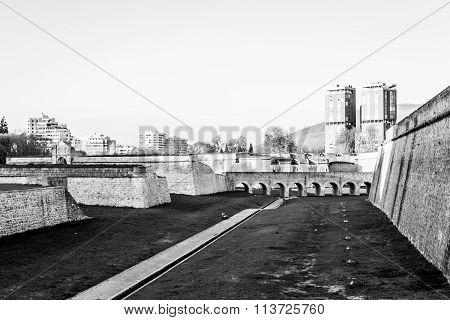 Bridge To The Inside