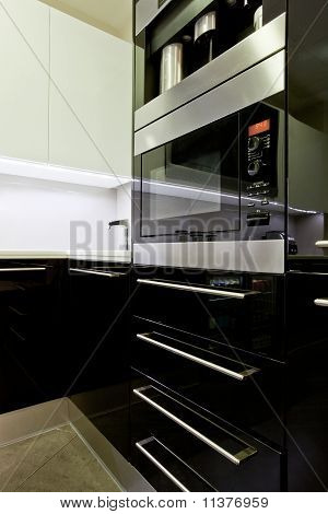 Fitted Kitchen Appliance