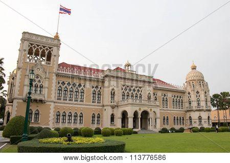 Thai Government Building, Thai Government House (Santi Maitri Building, Thai Khu Fah Mansion)