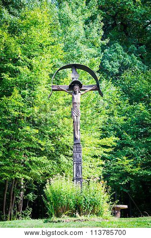 Sculpture in wood of crucifixion of Jesus
