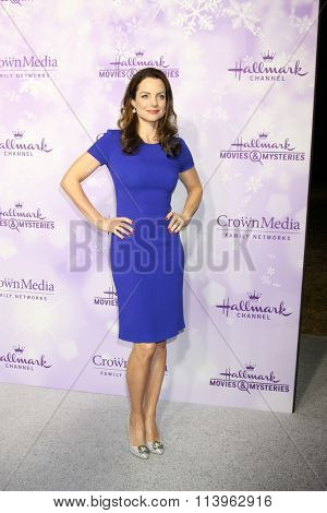 LOS ANGELES - JAN 8:  Kimberly Williams-Paisley at the Hallmark Winter 2016 TCA Party at the Tournament House on January 8, 2016 in Pasadena, CA