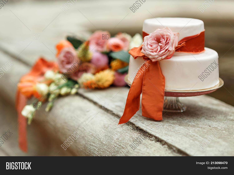 White Wedding Cake Red Image Photo Free Trial Bigstock