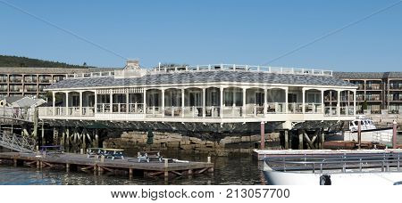 Luxury hotel rooms hang over the water and offer unbeleivable views in Bar Harbor Maine.