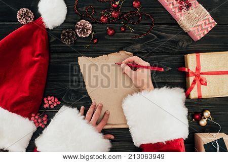 Santa Claus Writing Present List