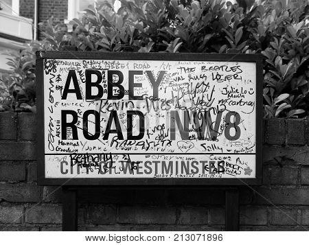 Abbey Road Sign In London Black And White