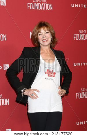 LOS ANGELES - NOV 9:  Frances Fisher at the SAG-AFTRA Foundation's Patron of the Artists Awards 2017 at Wallis Annenberg Center for the Performing Arts on November 9, 2017 in Beverly Hills, CA