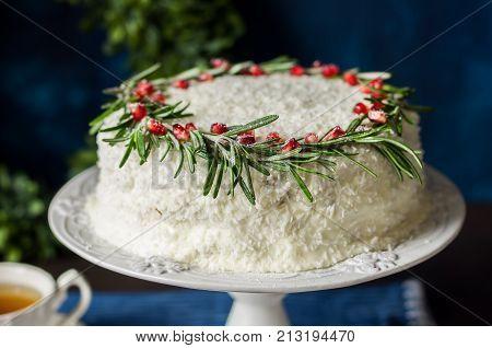 Cristmas Coconut Cake