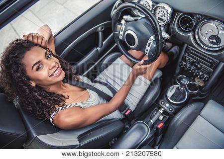 Mulatto Girl In Car