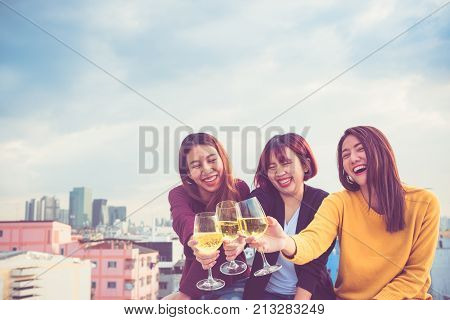 Happy Group Of Asia Girl Friends Enjoy Laughing And Cheerful Sparkling Wine Glass At Rooftop Party,h