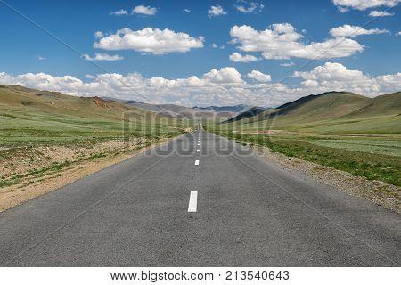 Empty Asphalt Road In Mongolia Between Mongolian Towns Tsagaannuur And Bayan-olgii