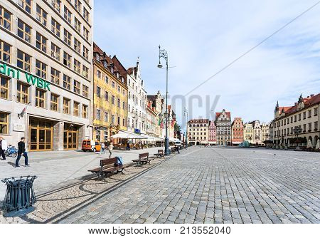 People On Central Market Square (rynek) In Wroclaw