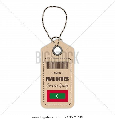 Hang Tag Made In Maldives With Flag Icon Isolated On A White Background. Vector Illustration. Made In Badge. Business Concept. Buy products made in Maldives. Use For Brochures, Printed Materials, Logos, Independence Day