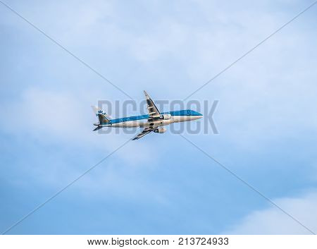 DUESSELDORF , GERMANY - OCTOBER 05 2017: KLM Cityhopper Embraer ERJ-175 PH-EXM starting at Dusseldorf Airport