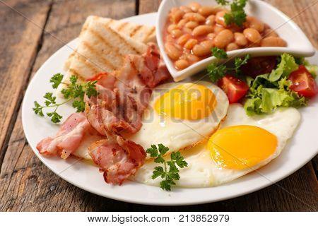 english breakfast meal