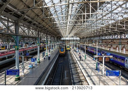 Manchester Piccadilly Station Trains Rail Railway England