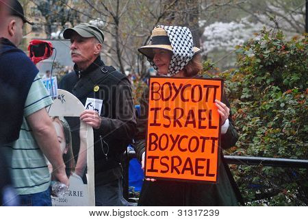 anti-israel protesters