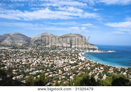 Panoramic view of the mondello's gulf