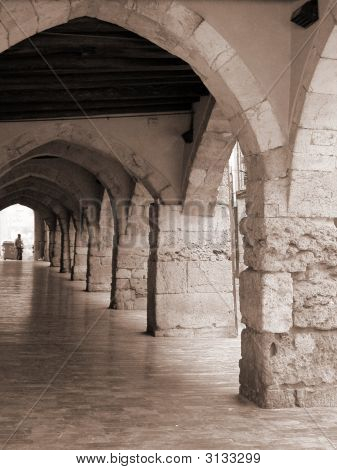 Sepia Arches Tarragona
