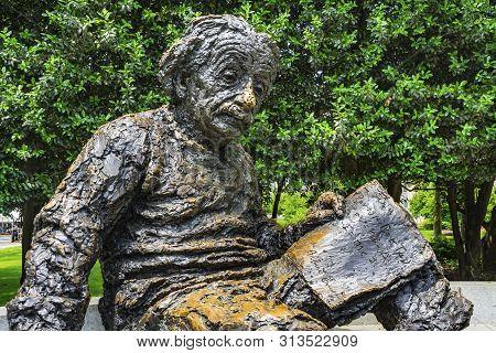 Washington Dc, United States - May 27, 2019 Albert Einstein Memorial Statue Monument National Academ