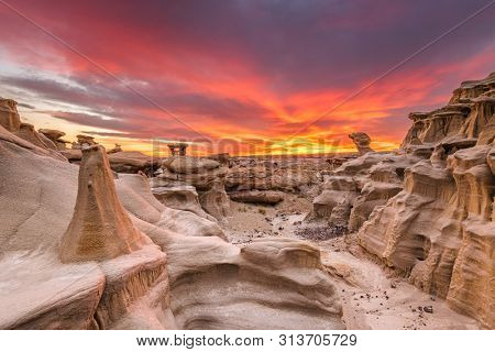 Bisti/De-Na-Zin Wilderness, New Mexico, USA at the Alien Throne rock formation just after sunset.