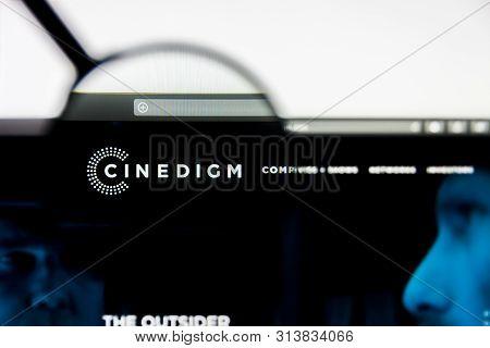 Richmond, Virginia, Usa - 27 July 2019: Illustrative Editorial Of Cinedigm Corp Website Homepage. Ci