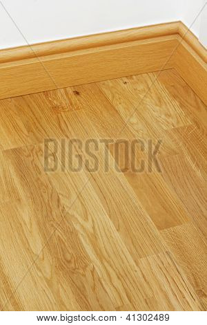 Vinyl Wooden Flooring Mdf Skirting Boards