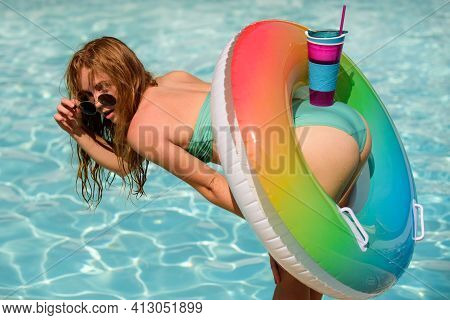 Sexy Summer. Girl In Bikini Near Pool. Female Ass With Cocktail. Sexy Buttocks. Woman With Beauty As