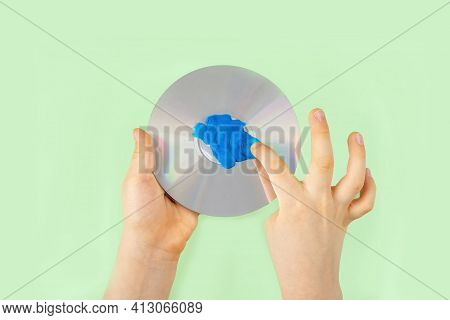 Diy And Children Creativity. Step By Step Instruction: Make Craft Planet Earth From Compact Disk And