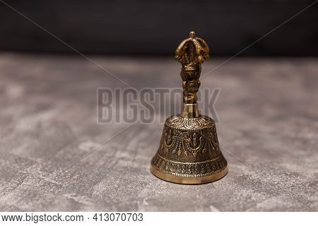 Positive Energy Through Healing Sounds. Tibetan Ritual Bell. Tibetan Bell Ringing. Tibetan Singing B