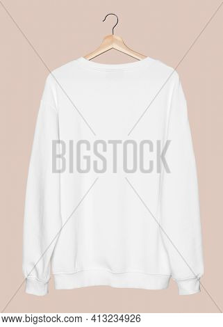 Simple white sweater unisex streetwear apparel