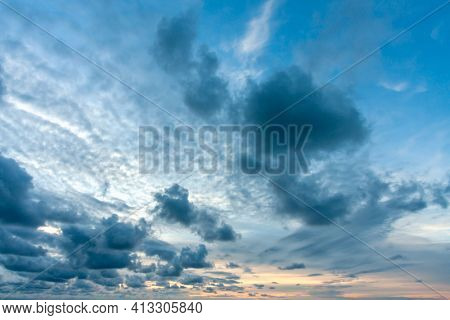 High resolution sunset over the sea background