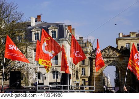 Bordeaux , Aquitaine France - 03 18 2021 : Union Nationale Des Syndicats D'artistes Musiciens De Fra