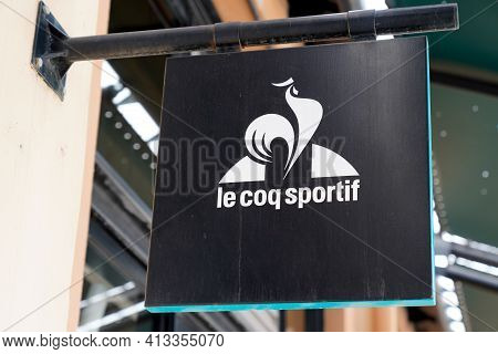 Bordeaux , Aquitaine France - 03 18 2021 : Le Coq Sportif Logo Brand And Text Sign Of Sportswear Sto